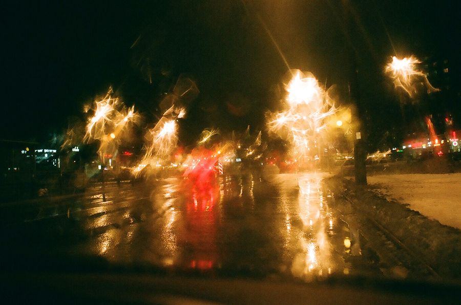 96_yellow_traffic_light